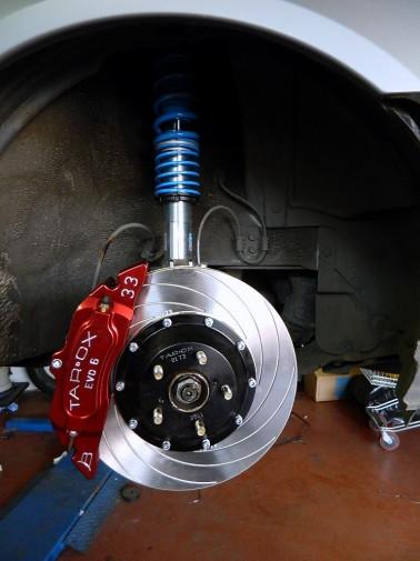 Subaru Impreza con impianto frenante sportivo