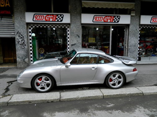 Porsche 993 turbo powered by 9000 Giri