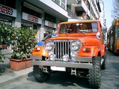 jeep-renegade-cj7-9000-giri