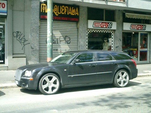 Chrysler 300 9000 Giri