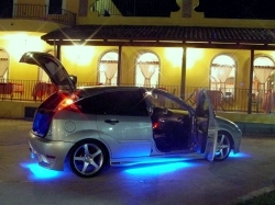 neon-9000-giri