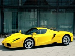 Yellow-Ferrari-ENzo