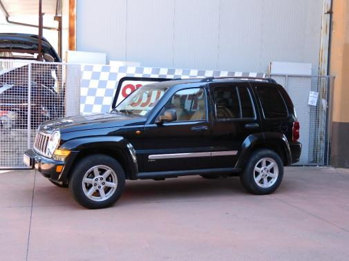 jeep-cherokee-9000-giri