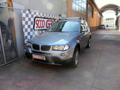 Bmw X3 2.0 d powered by 9000 Giri