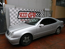 Mercedes Clk by 9000 Giri
