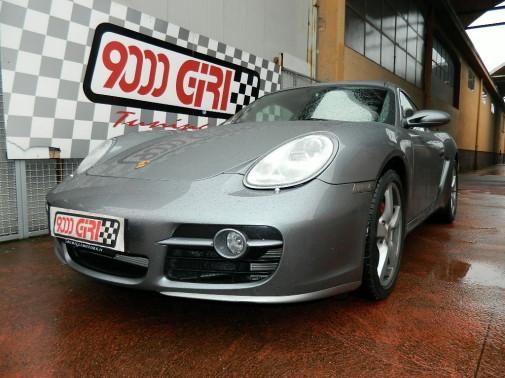 Porsche Cayman S by 9000 Giri