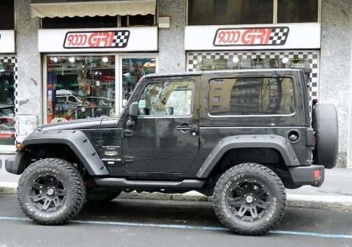 Jeep Wrangler by 9000 Giri