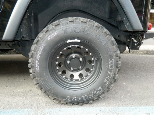 Jeep Wrangler Tj by 9000 Giri