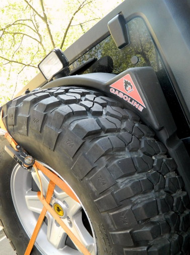 Jeep Wrangler Unlimited powered by 9000 Giri