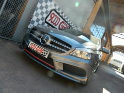 Mercedes Cla by 9000 Giri