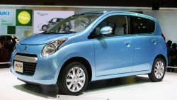 7th_generation_Suzuki_Alto_02