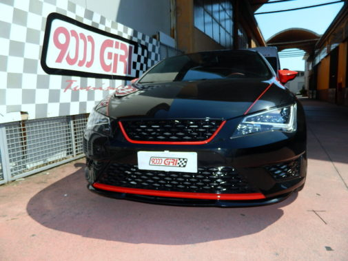 Seat Leon Fr 2.0 tdi powered by 9000 Giri