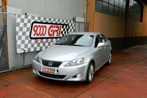 Lexus Is 220d powered by 9000 Giri