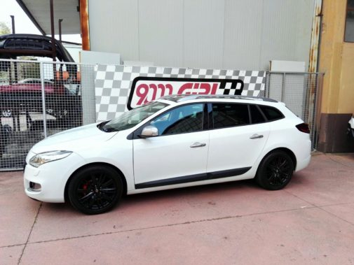 Renault Megane Sportour 1.4 tce powered by 9000 Giri