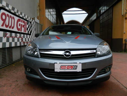 Opel Astra Gtc povered by 9000 G