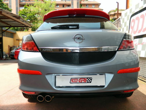 Opel Astra Gtc powered by 9000 G