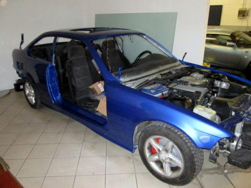 verniciatura carrozzeria Bmw 318 is by 9000 giri