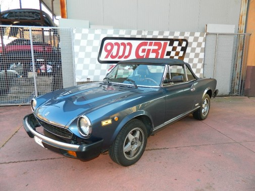 Fiat 124 Spyder America prima del restauro