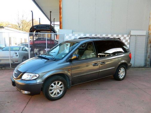 Chrysler Voyager 2.5 crd powered by 9000 Giri