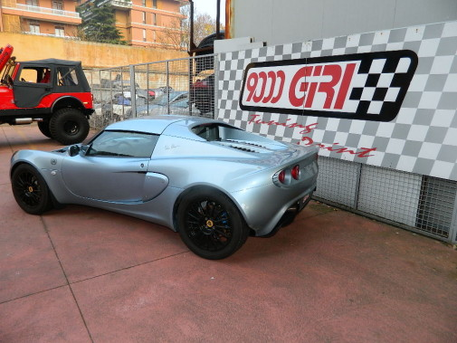 Lotus Elise powered by 9000 Giri
