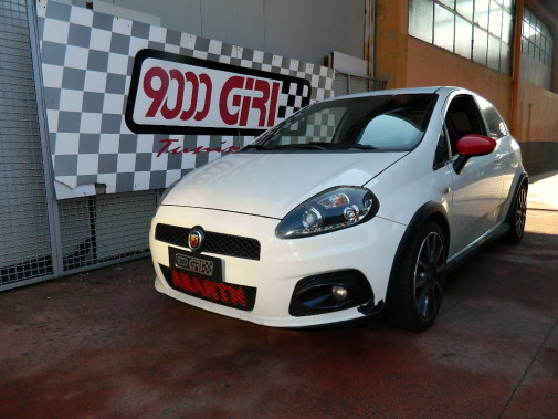 Fiat Grande Punto Abarth powered by 9000 Giri