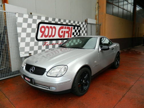 Mercedes Slk 200 kompressor powered by 9000 Giri
