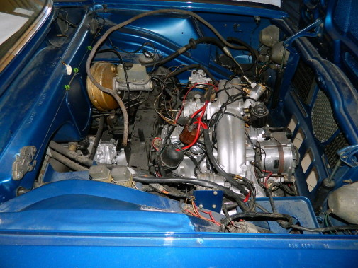Lancia Flavia 2000 ie berlina powered by 9000 Giri