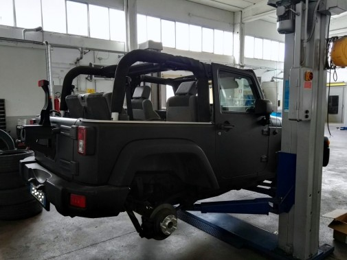 Jeep Wrangler Jk by 9000 Giri (3)