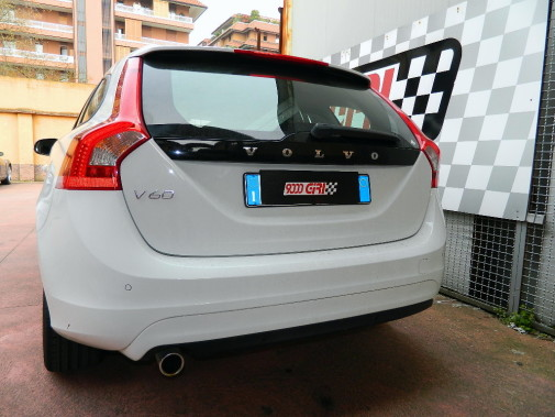 Volvo V60 powered by 9000 Giri (3)