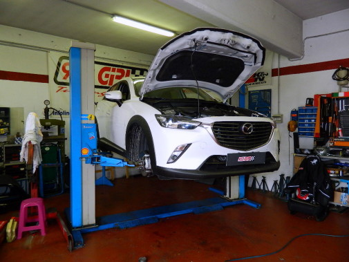 mazda cx 3 powered by 9000 Giri
