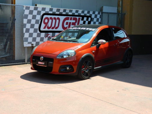 grande punto abarth powered by 9000 giri