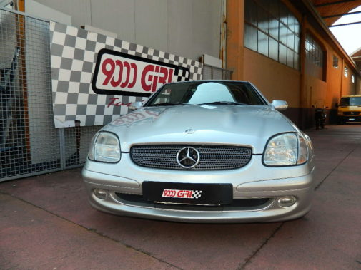 mercedes slk powered by 9000 giri
