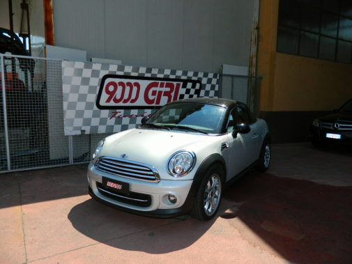 Mini Cooper Coupe powered by 9000 Giri