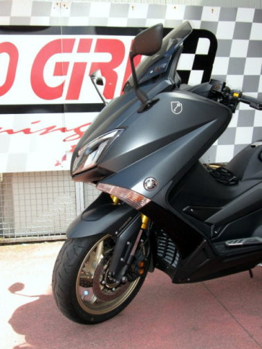 Yamaha T-Max Black Max 530 powered by 9000 Giri (2)
