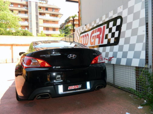 Hyundai Genesis Coupè 2.0 turbo powered by 9000 Giri