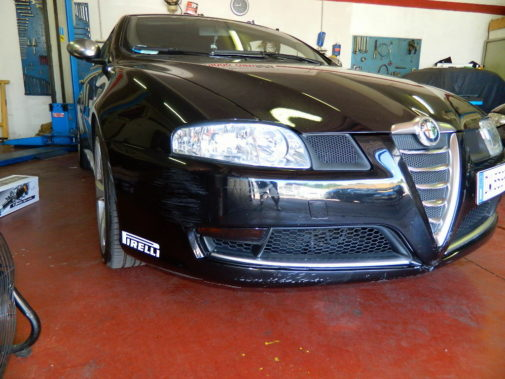 Alfa Gt 1.9 Jtd powered by 9000 Giri