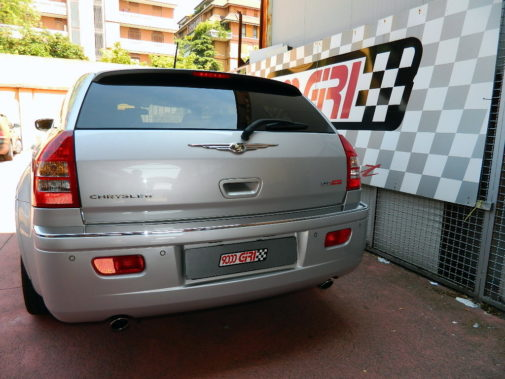 Chrysler 300C 3.0 crd powered by 9000 Giri