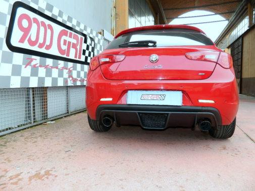 alfa-romeo-giulietta-powered-by-9000-giri