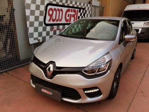 renault-clio-gt-powered-by-9000-giri