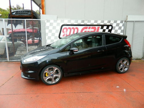 ford-fiesta-st-powered-by-9000-giri