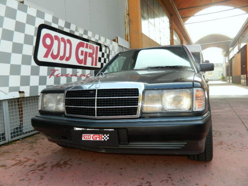 mercedes-190e-powered-by-9000-giri