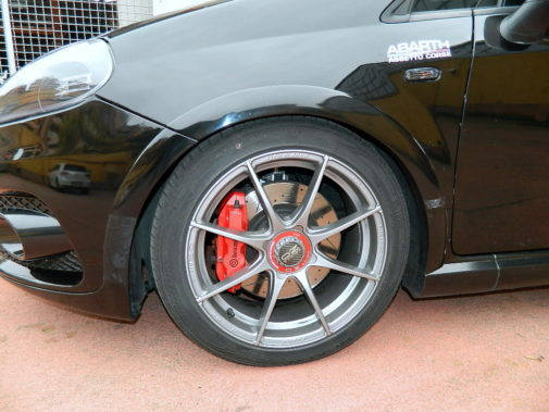 fiat-grande-punto-abarth-powered-by-9000-giri