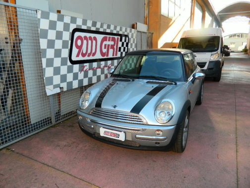 mini-cooper-1-6-powered-by-9000-giri
