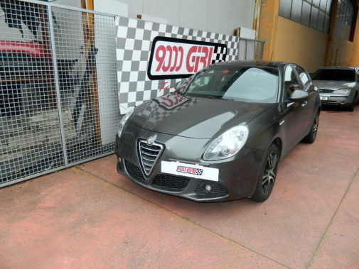 Alfa Romeo Giulietta 2.0 Jtdm powered by 9000 Giri