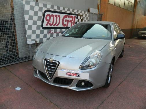 Alfa Romeo Giulietta jtdm-2 powered by 9000 Giri
