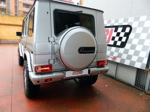 Mercedes G 500 V8 powered by 9000 Giri