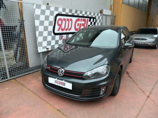 Vw Golf V Gti powered by 9000 Giri