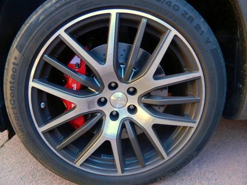 Maserati Levante S V6 biturbo powered by 9000 Giri