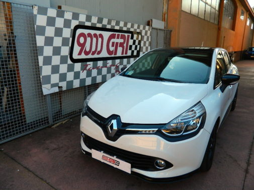 Renault Clio Sporter 1.5 Dci powered by 9000 Giri