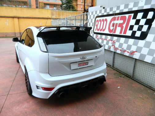 Ford Focus Rs 2.5 Turbo powered by 9000 Giri